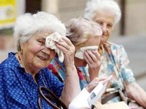 anziani-caldo4